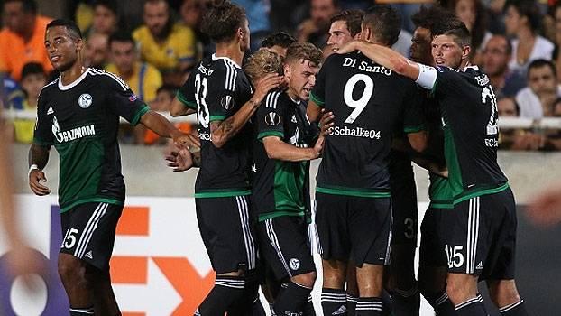 Assista aos gols da vitória do Schalke 04 sobre o Apoel por 3 a 0!