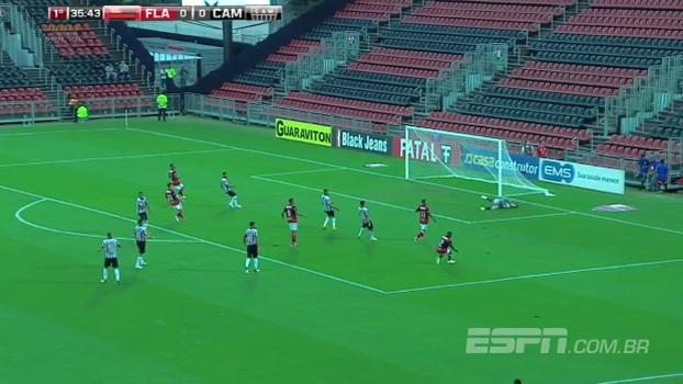 Tempo real: QUASE! Lohan chuta forte, e a bola passa perto do gol do Atlético