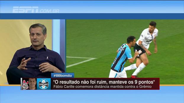 Após polêmica, Sálvio analisa atuação de Héber em Corinthians x Grêmio: 'Foi muito bem no jogo'
