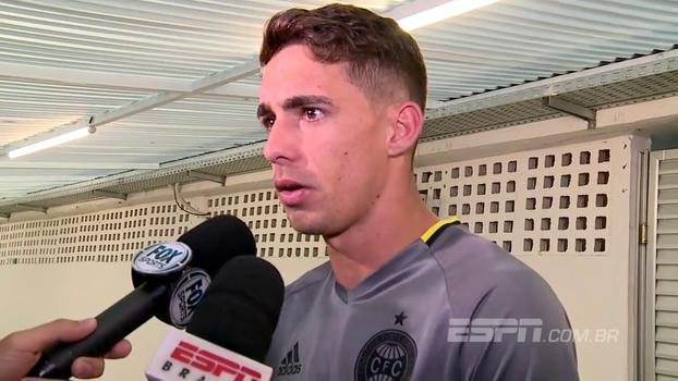 Neto Berola lamenta chances desperdiçadas e vê resultado injusto: 'Gol no final foi um pecado'