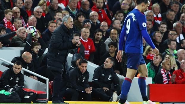 Bertozzi analisa tática defensiva de Mourinho contra Liverpool: 'Quando um não quer, dois não jogam'