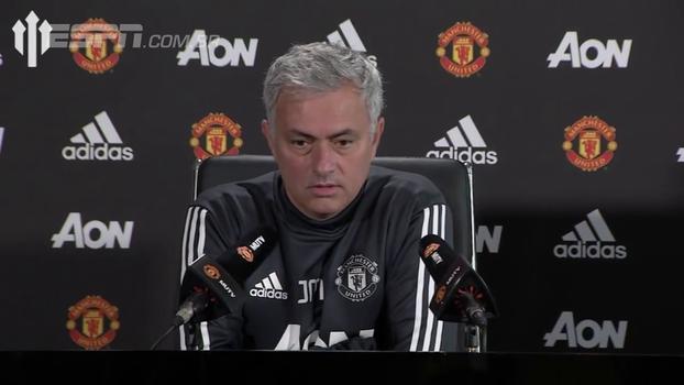Mourinho volta a classificar dérbi contra Liverpool como 'só mais um jogo'