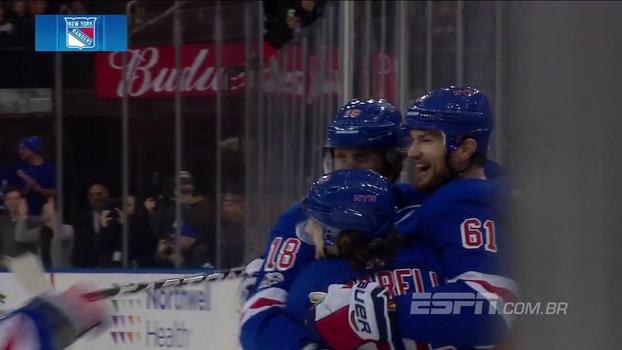 Em noite inspirada de Nash, Rangers superam líder da divisão do Pacífico LA Kings e voltam a vencer