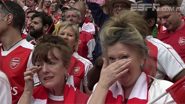 Depois da tempestade, um título! Com temporada difícil e Wenger questionado, Arsenal é campeão