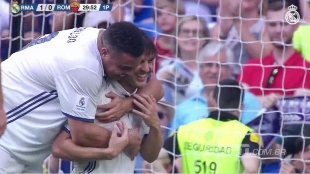 Com Ronaldo 'peso pesado', Real vence Roma em jogo de lendas; veja como foi