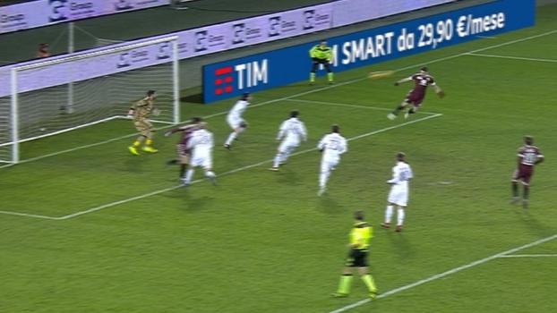 Tempo real: Barreca cruza e Belotti, sozinho, cabeceia na defesa do Milan