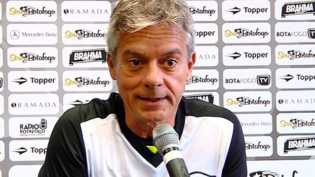 Coordenador médico do Botafogo dá prazo de um mês para Canales estrear