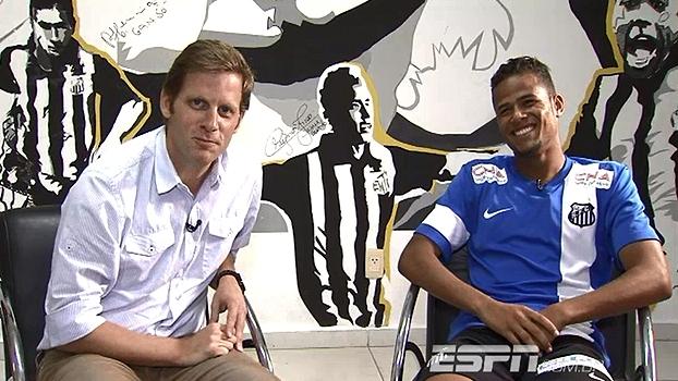 Geuvânio revela tempos difíceis antes do sucesso e diz: 'quero ficar no Santos por muito tempo'