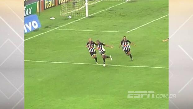 Hat-trick de Obina, pênalti perdido e golaço: Atlético-MG venceu o Cruzeiro no jogo absurdo de 2010
