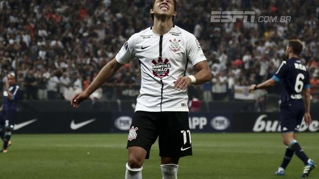 Hofman vê problema do Corinthians nas individualidades, cita 'cobertor curto' e apresenta números do empate