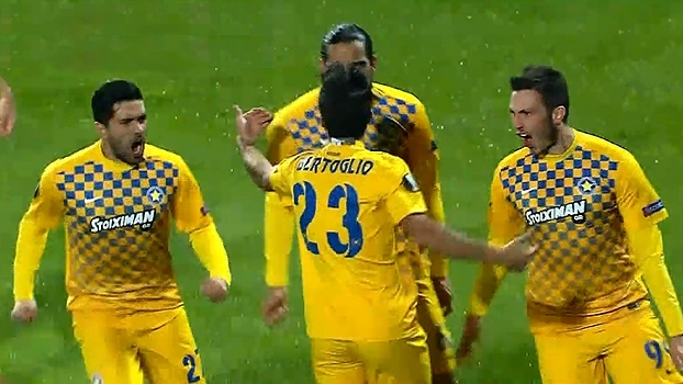 Assista aos gols da vitória do Asteras Tripolis sobre o APOEL por 2 a 0!