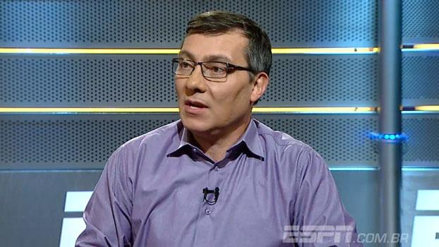 Calçade cita pobreza intelectual e diz: 'Os professores do futebol brasileiro não aceitam conhecimento'