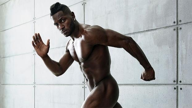 Sincronia de corpo e mente: veja o 'making of' do ensaio nu de Antonio Brown para a 'Body Issue'