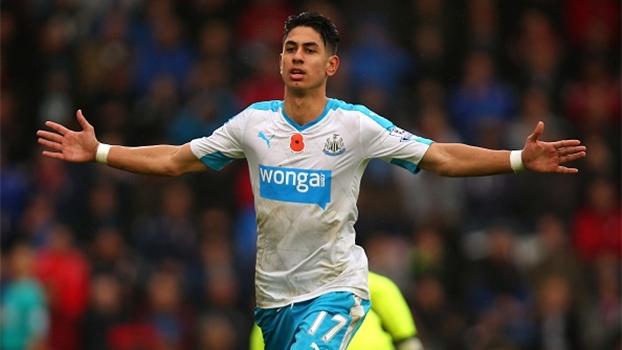 Goleiro brilha, e Newcastle consegue segunda vitória da temporada no Inglês