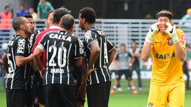 Expulsão de Cássio: Goleiro se diz inocente, gandula se explica e Zé Elias questiona: 'Impossível não ver a bola'
