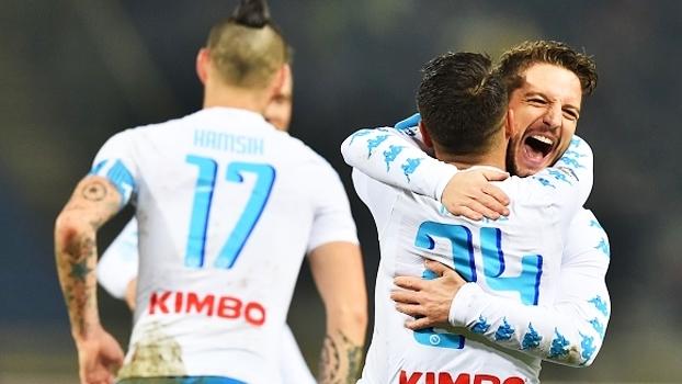 Hamsík e Mertens anotam hat-tricks, Napoli enfia 7 a 1 no Bologna e fica a 3 pontos da Juve