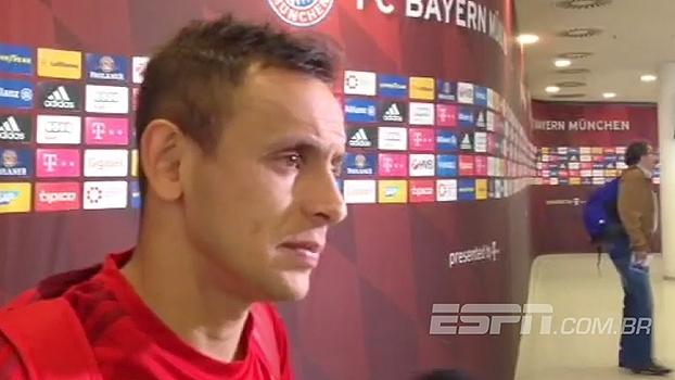 Rafinha lamenta que título do Bayern de Munique não tenha sido neste sábado