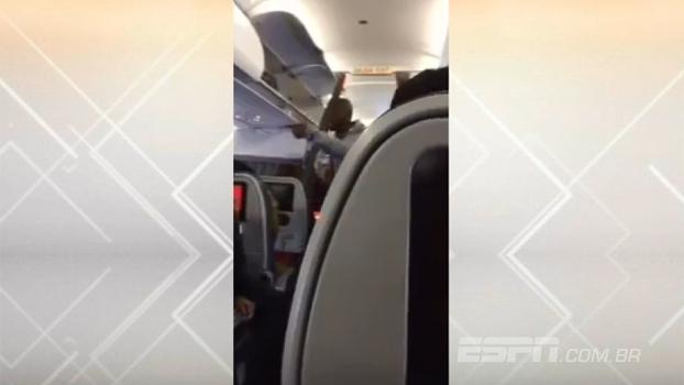 Armero protagoniza discussão dentro de avião na Colômbia
