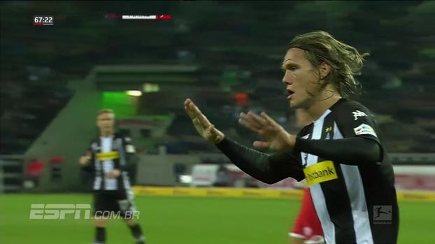 Com falha de goleiro e gol validado por árbitro de vídeo, Mönchengladbach empata com Mainz pela Bundesliga