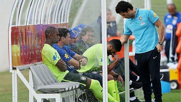 Hulk com dores na coxa e golaços de Neymar e Jô: o treino deste domingo