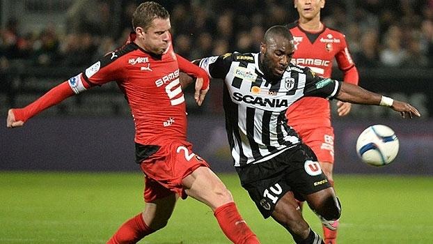 Assista aos gols da vitória do Rennes sobre o Angers por 2 a 0! 6586d95698917