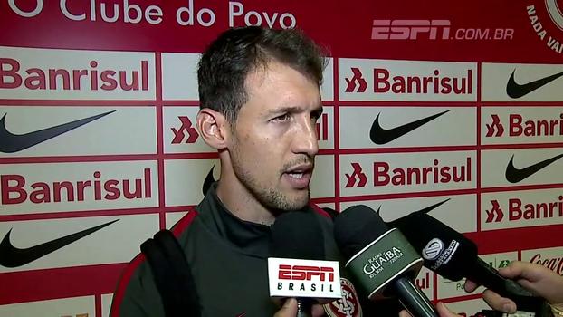 Zagueiro Danilo elogia sua atuação e deixa sequência nas mãos de Guto: 'Estou à disposição'