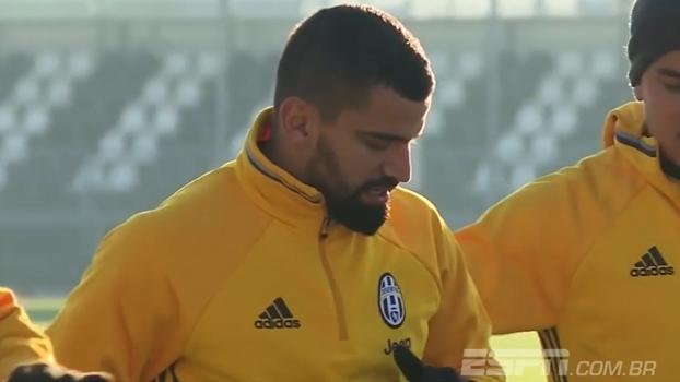 Juventus confirma contratação do volante Tomas Rincón; Hofman o vê como jogador para compor elenco