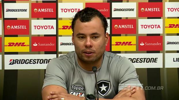 Jair pede que Botafogo pense na vantagem diante do Nacional apenas nos minutos finais