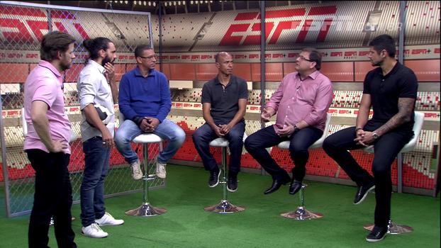 Guto Ferreira fala sobre pressão como treinador e se emociona: 'Coisa mais bonita da minha carreira foi na Chapecoense'