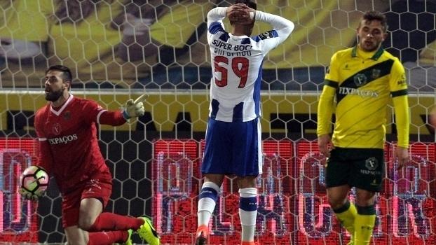 Português: Lances de Paços de Ferreira 0 x 0 Porto