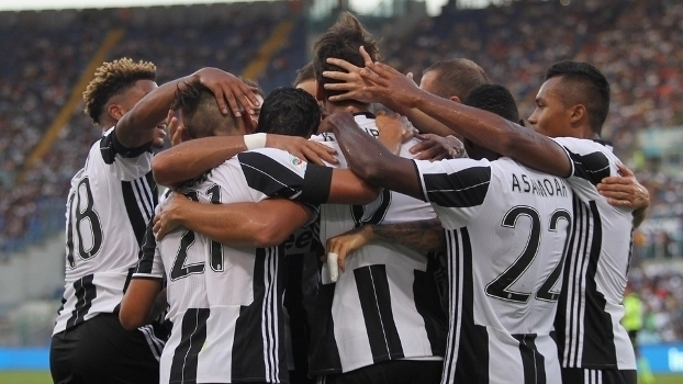 Italiano: Gol de Lazio 0 x 1 Juventus
