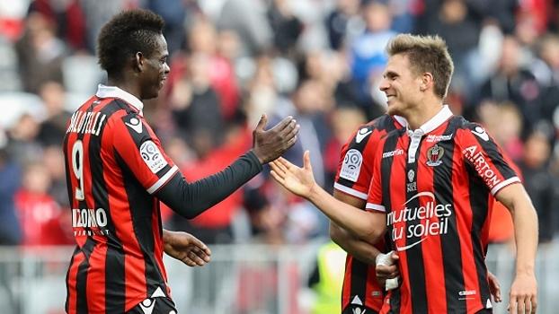 Balotelli marca, Nice vence Guingamp e volta a assumir a ponta da Ligue 1