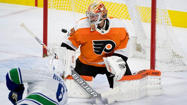 Com dois gols de Boeser, Vancouver Canucks vence Philadelphia Flyers fora de casa na NHL