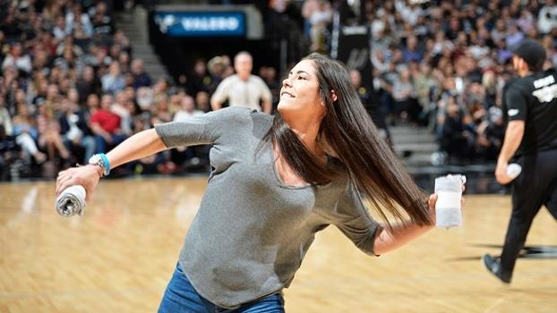 Hail Mary de Kelsey Plum: veja por que a 1ª do Draft da WNBA poderia ter sido quarterback