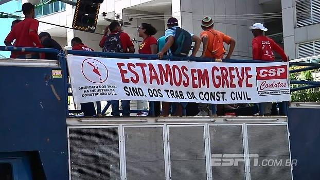 Sindicato da construção civil protesta no coração turístico de Fortaleza