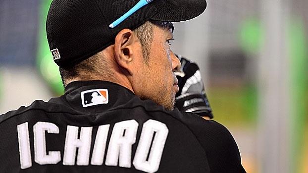 Perto de alcançar a marca de 3 mil rebatidas, relembre os recordes da carreira de Ichiro