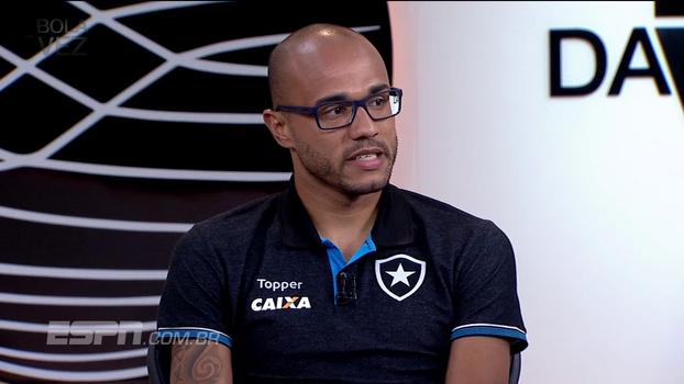 No Bola da Vez, Roger conta que Botafogo não quis pagar tratamento de tumor e diz que jamais renovaria: 'Me magoou muito'