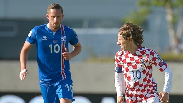 Islândia vence no fim e empata com Croácia na ponta do grupo I das eliminatórias europeias