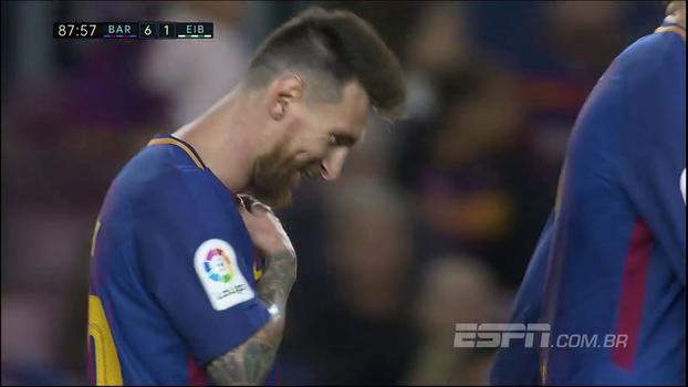 GOL do Barcelona! Messi puxa contra-ataque, recebe de volta de Aleix Vidal e anota o 4º dele