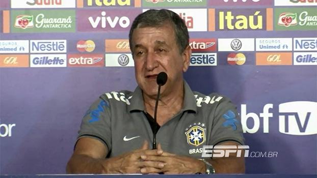 Sobre manifestações, Parreira afirma: 'não podemos misturar futebol e política'