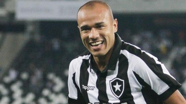 Brasileiro: Gols de Botafogo 3 x 1 Vasco