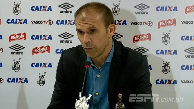 Mesmo classificado, Milton Mendes não vê Flamengo relaxado para confronto contra o Vasco