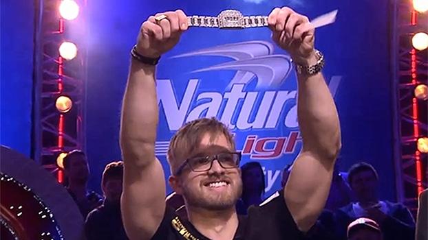 Pôquer: Martin Jacobson vence mesa final da World Series Of Poker e leva bolada; veja as imagens