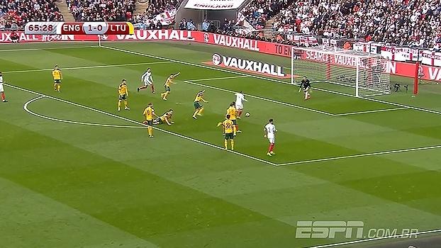 Tempo real: GOL da Inglaterra! Lallana deixa Vardy na cara do gol e o artilheiro não perdoa