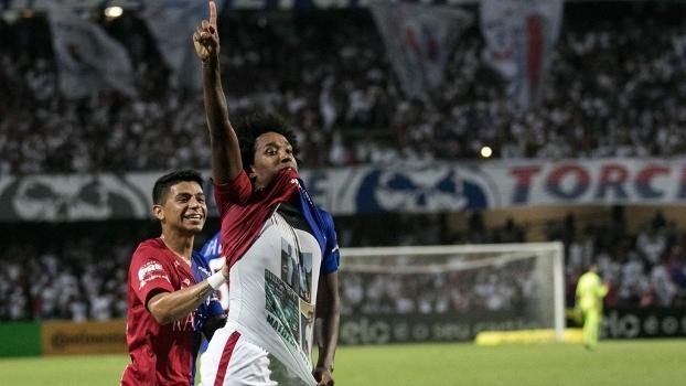 Veja os gols da vitória do Paraná sobre o Atlético-MG por 3 a 2