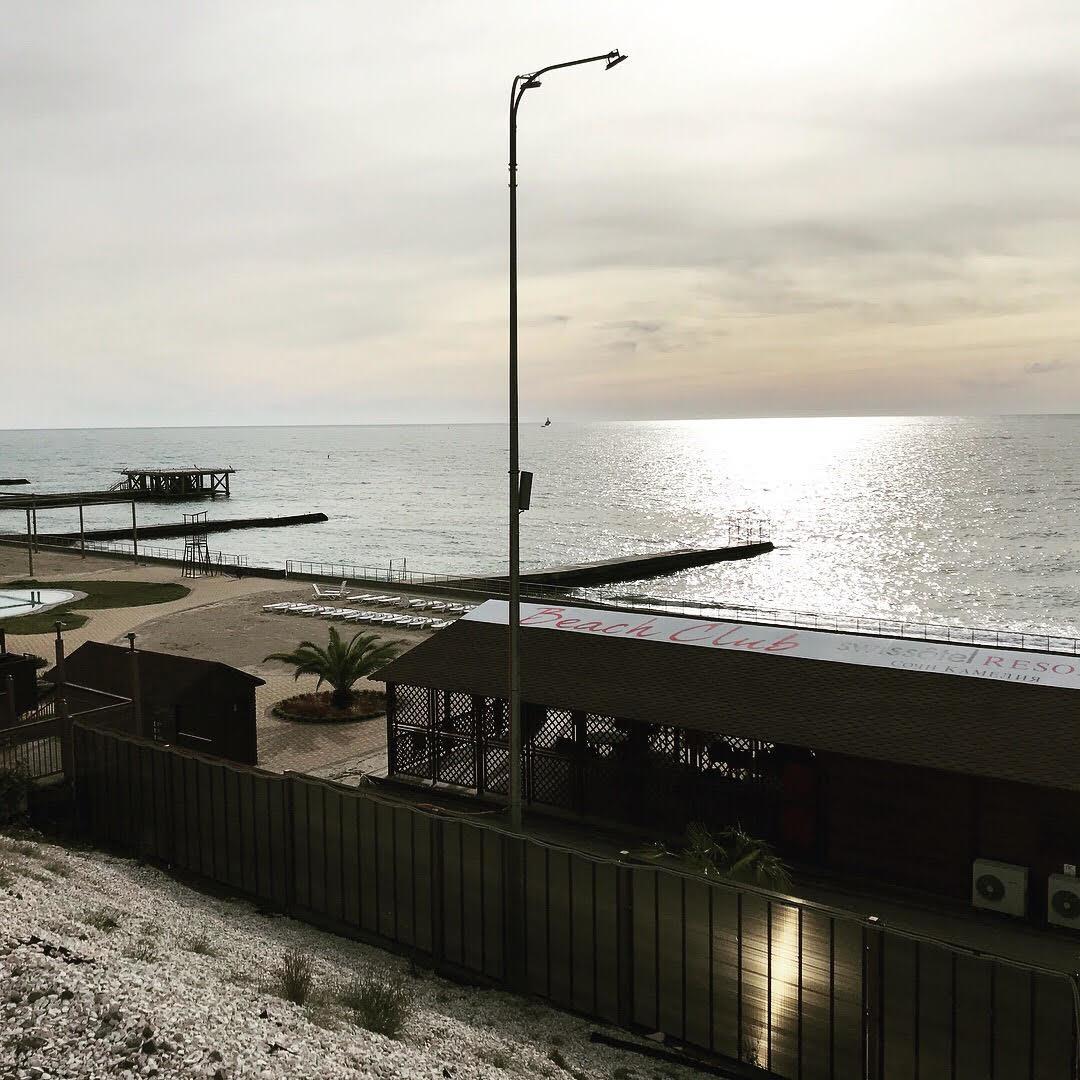 O resort tem uma praia exclusiva para seus hóspedes