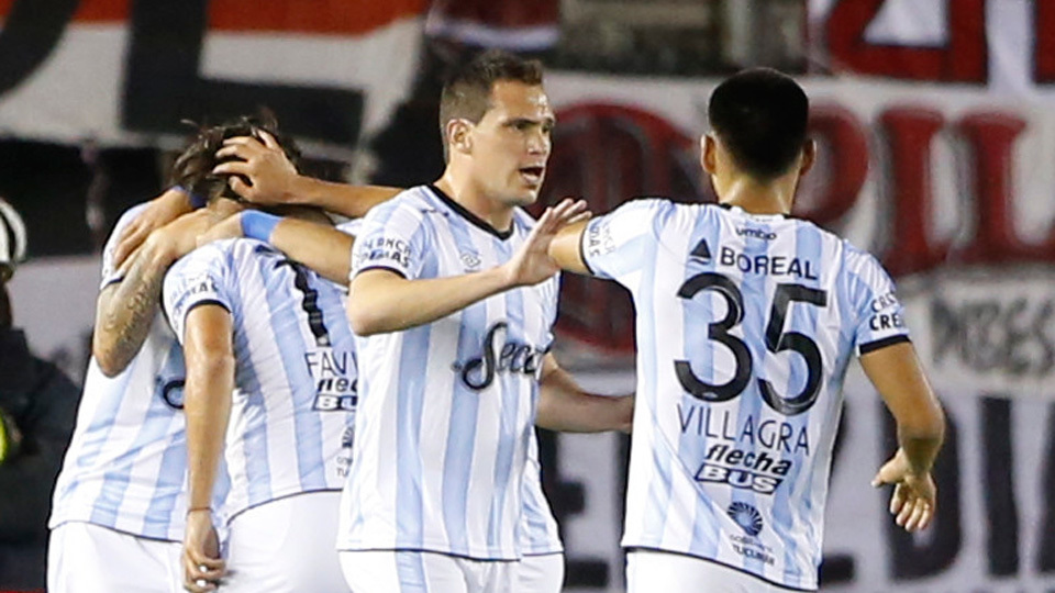 Atlético Tucumán (Argentina) - fase de grupos - vice-campeão da Copa da Argentina