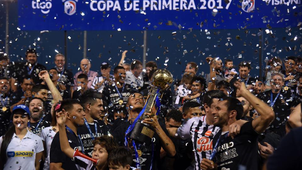 Libertad (Paraguai) - fase de grupos - campeão do Apertura no Paraguai